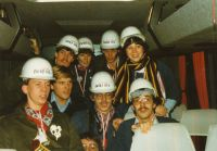 1982-03 We doen wa we kenne 01
